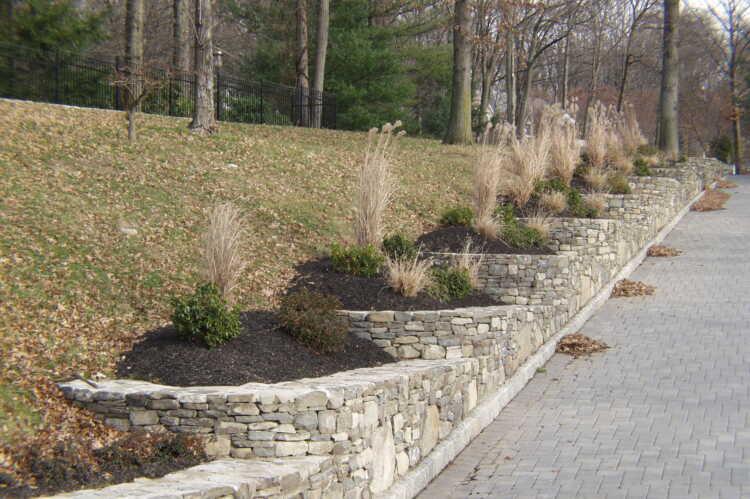 Stone Concrete Retaining Walls